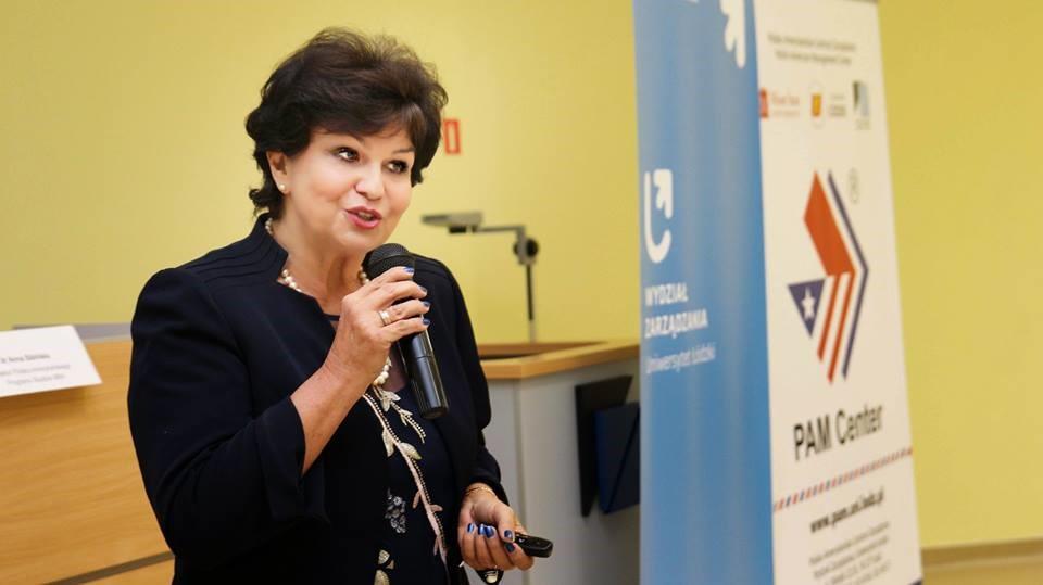 """Wrzesień 2018: spotkanie na Wydziale Zarządzania UŁ poświęcone promocji projektu """"Przepis na rozwój"""""""